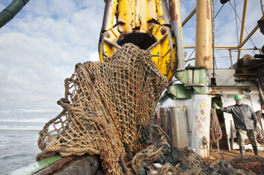 6.000 kilo's of nets are recovered from the North Sea in the weekend of 25 en 26 Oktober 2014. Foto: Peter Verhoog